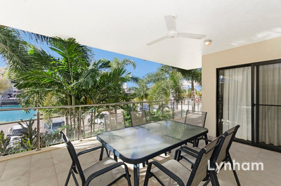 Fully Furnished Riviera Apartment - Water View and Pool in Complex