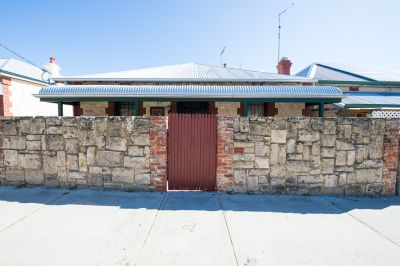83 Hampton Road, Fremantle