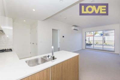 Stunning Brand New Apartment at Shearwater Warners Bay - Price Guide $450-$500 per week