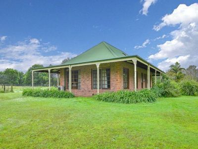 5 Acres - Australian Colonial Home