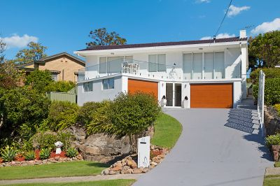 55 Rembrandt Drive, Merewether Heights