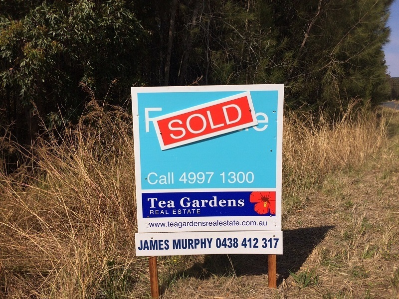SOLD !  Privacy, Seclusion and the Myall Lakes