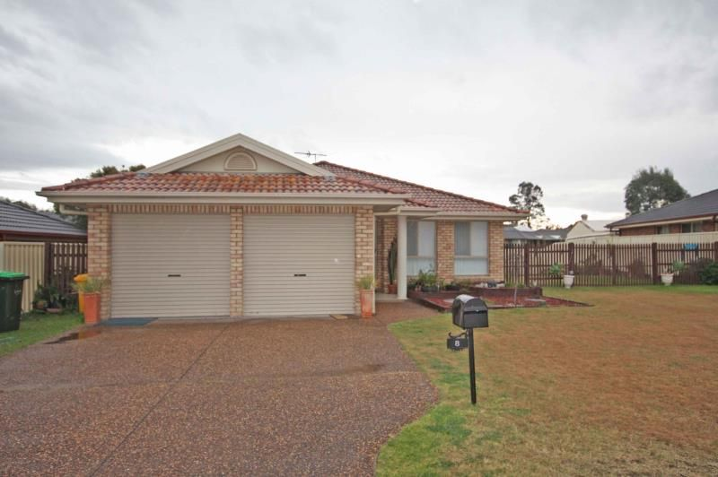 8 North Close, Singleton