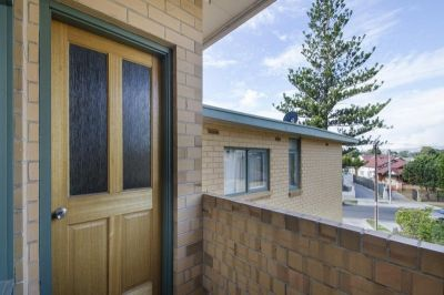 2/195 Military Road, Henley Beach South