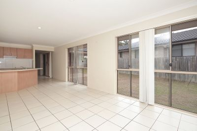 579 CONNORS, Helidon