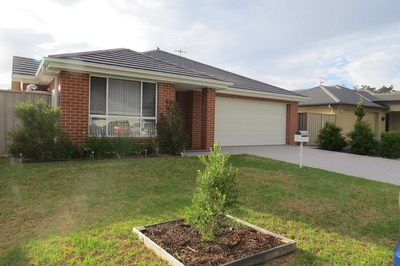 11 Oasis Close, Soldiers Point