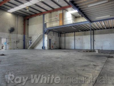 405sqm - Warehouse, Office and Mezzanine storage.