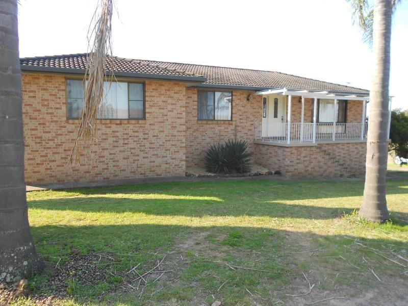 2 Storey, 3 Bedroom Brick Home in Bringelly
