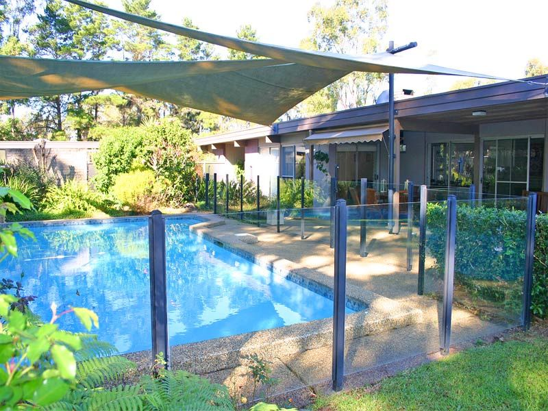 Bring the in-laws too! Two totally independent stylish homes on park-like acres; a lifestyle retreat just minutes to Dural.