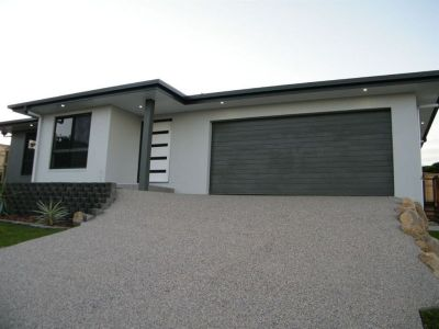 Fully Air-conditioned  Family Home!