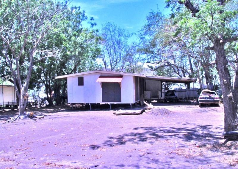 S7108 - House on huge land - ES