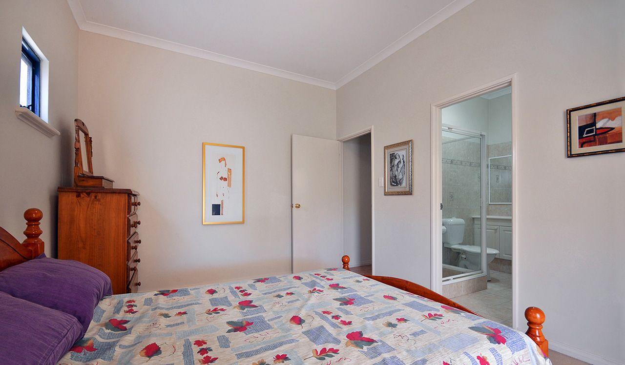 2/156 Holland Street, Fremantle