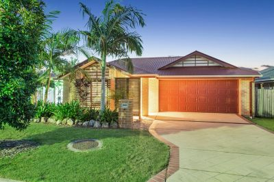 GET INTO THE COOMERA MARKET NOW!