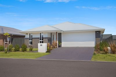 6 Rosemary Street, Fern Bay