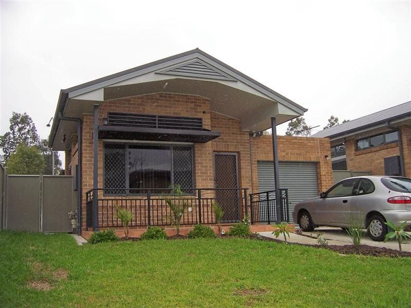 1/6 Harvard Close, JESMOND