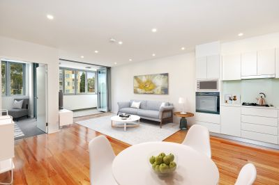 Brand new designer sanctuary in a walk-to-everywhere locale