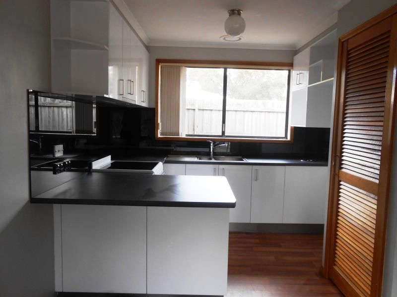 4/93 Carr Street East Geelong