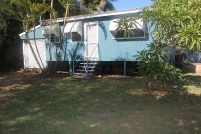 Charming Cottage Close to Beach & Boat Ramp