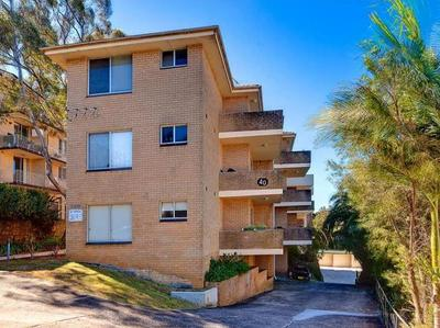 Private 2 Bedroom Apartment with Lock up garage