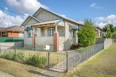 94 Lockyer Street, Adamstown