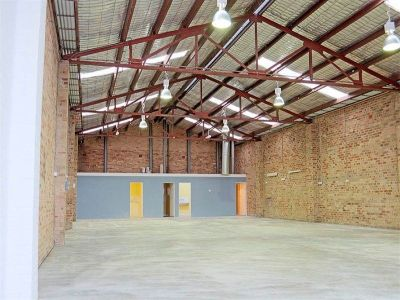 380sqm -  A must see building!!!