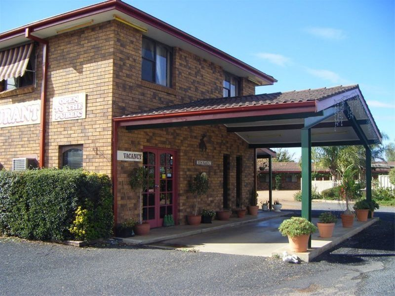 MOTEL FOR SALE- BUSY WESTERN HIGHWAY
