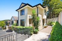 Secure Complex, Minutes to CBD & Waterfront!