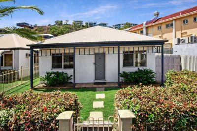Unit 80/34 Bundock Street Belgian Gardens QLD 4810. $320 per week