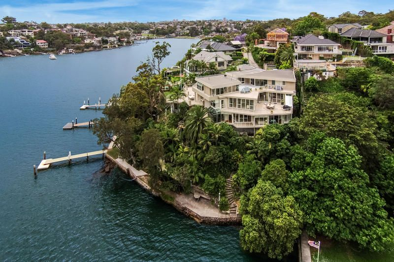Spectacular Deep Waterfront Property