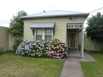 Minors cottage in CBD Bairnsdale