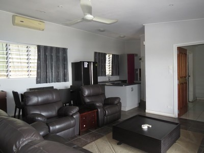 NM1920 - Cozy executive House - ES/RBM