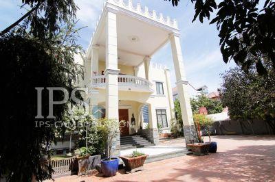 Nirouth, Phnom Penh | Villa for rent in Chbar Ampov Nirouth img 0