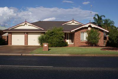 LEETON, NSW 2705