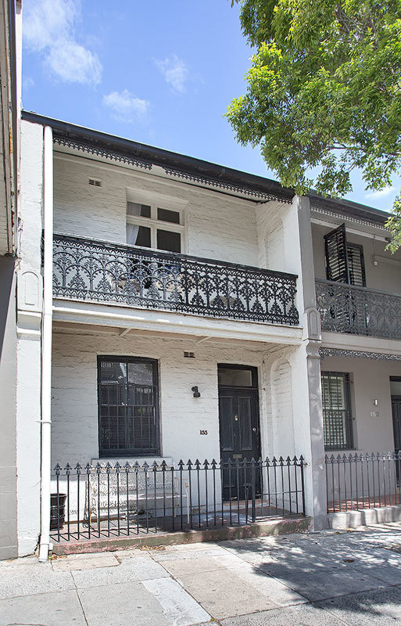 ORIGINAL VICTORIAN TERRACE ON THE EDGE OF WOOLLAHRA VILLAGE
