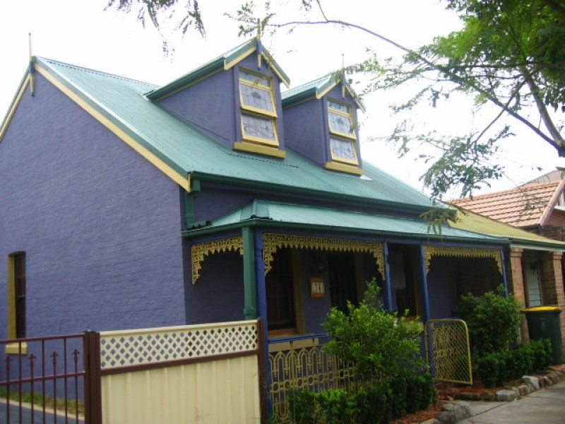 76 Young Street, CARRINGTON