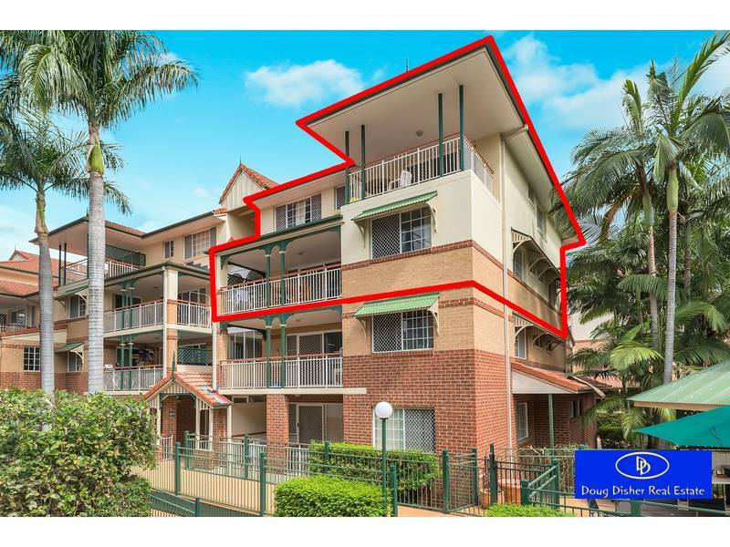 Two-Storey Apartment in Central Toowong
