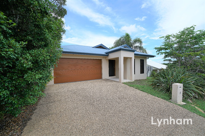 4 Bedroom Family Home In A Quiet Street