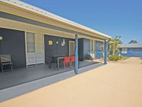 256 Soldiers Point Road, Salamander Bay