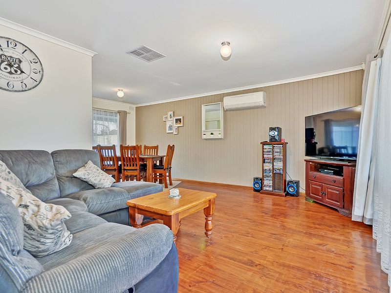 GAWLER EAST - Tidy Solid Brick Home