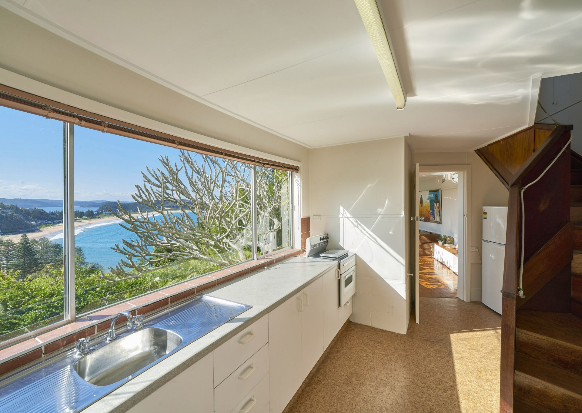 Additional photo for property listing at Classic '60's beach house, incredible northerly views 6 Mitchell Road Palm Beach, New South Wales,2108 Австралия