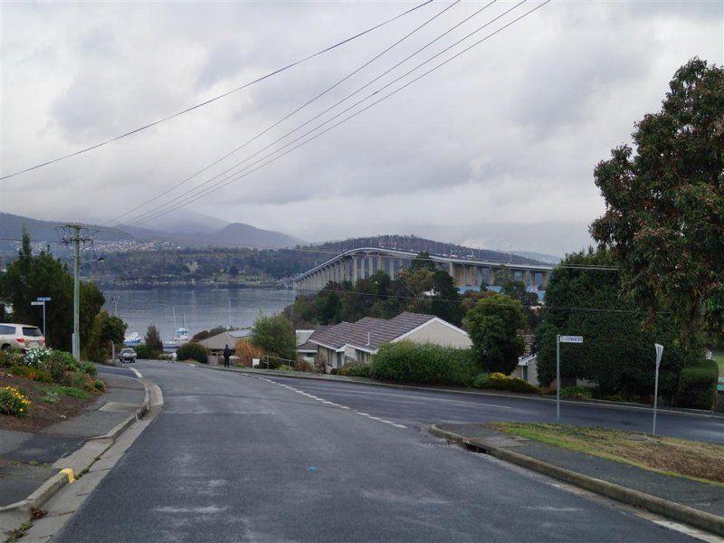 16 Montagu Bay Road