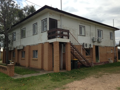 FURNISHED 2 BEDROOM UNIT- WALKING DISTANCE TO TOWN
