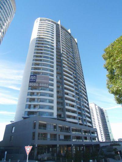 DEPOSIT TAKEN - Large & Modern With Private Courtyard