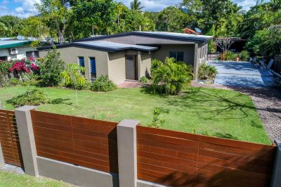 Renovator's Dream on a Large Block - 1.3km to the Beach Front