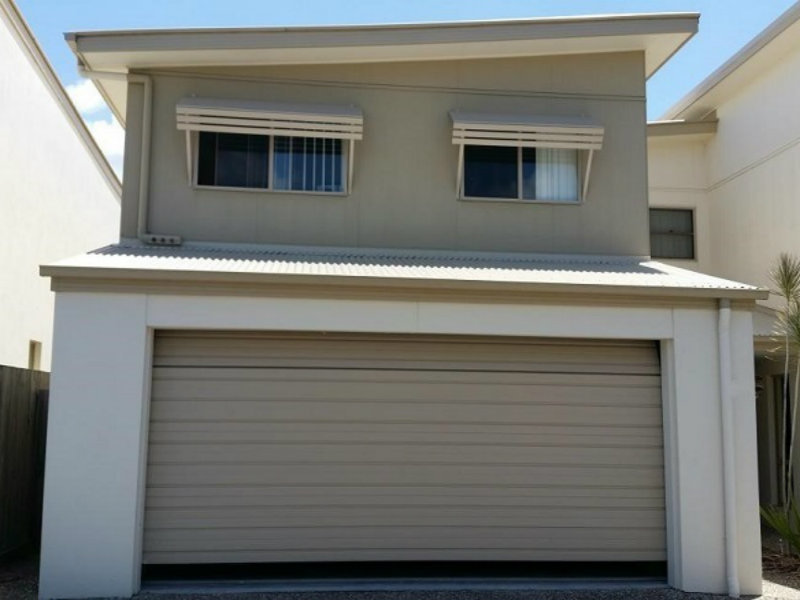 A Great Investment Double Garage Town House