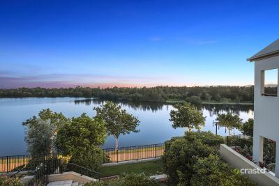 Picturesque Executive Lakefront Tranquility in Prime Central Location