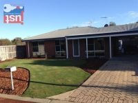 44 Oriel Court COLLEGE GROVE WA 6230