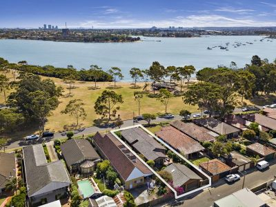 Waterfront lifestyle with space, scope and sparkling views