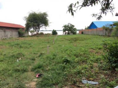 | Land for sale in Batheay  img 1