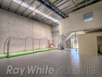 254sqm warehouse with office - container friendly